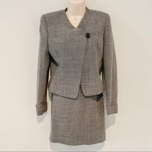 Grey tweed like suit set, comes w/suit and jacket